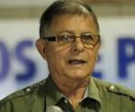 El comandante de las FARC Rodrigo Granda, alias Ricardo Téllez, lee un comunicado este 28 de septiembre del 2014, en La Habana (Cuba), donde continúan los diálogos de Paz entre los representantes de las guerrillas de las FARC-EP y el gobierno colombiano. EFE