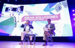 El ministro de Economía de Argentina, Alfonso Prat Gay, participa hoy, miércoles 16 de noviembre de 2016, en el foro Idear Soluciones en Buenos Aires (Argentina). EFE