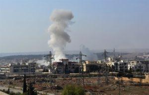 Una columna de humo durante un ataque en Siria. EFE/Archivo