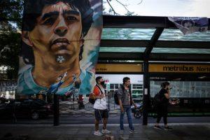 El médico de cabecera de Maradona dice que le asombra su recuperación
